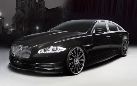 2011-jaguar-XJ-black